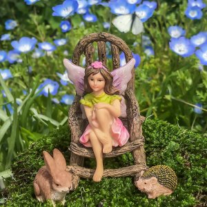 Wonky Hill Miniature Garden